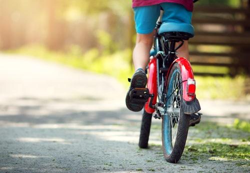 5 noderīgi padomi autovadītājiem skolēnu brīvlaika periodā