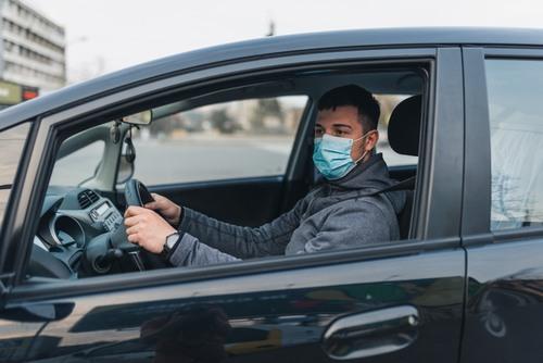 autovadīšana koronavīrusa laikā